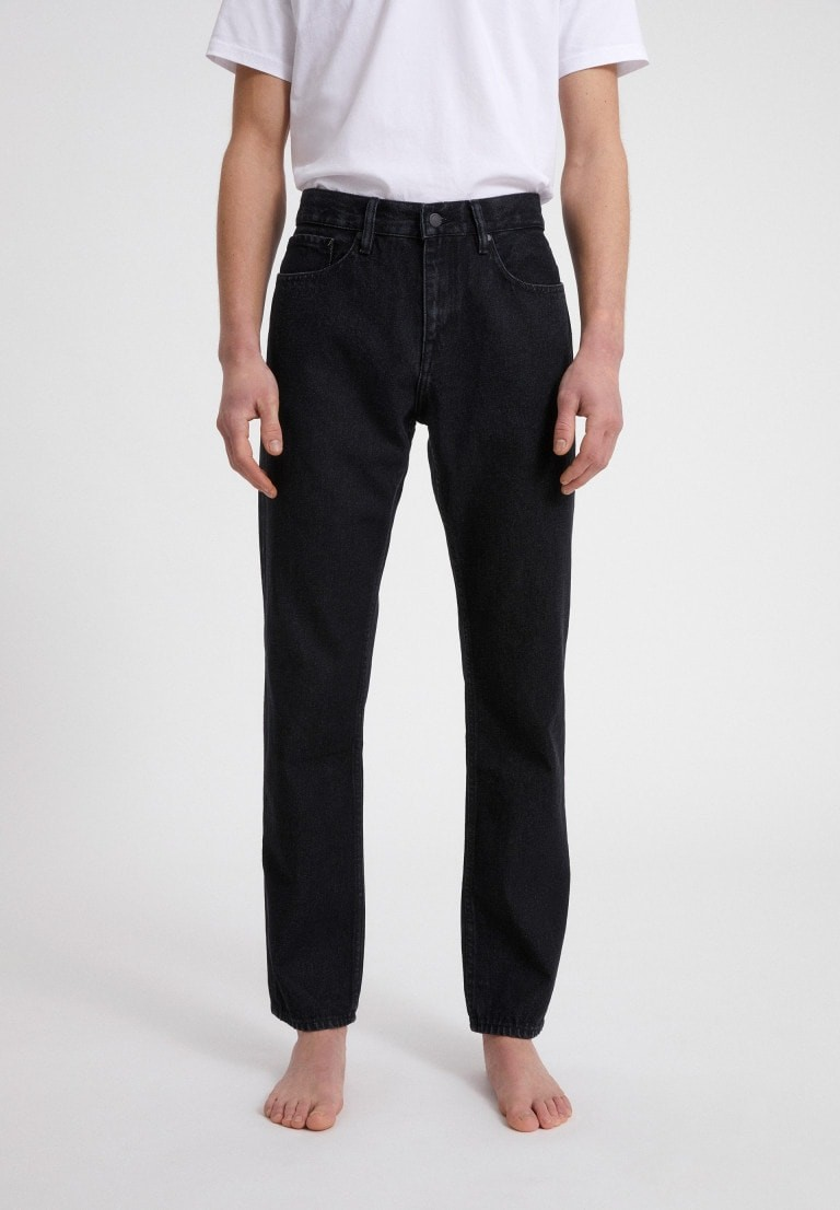 DYLAAN black structured