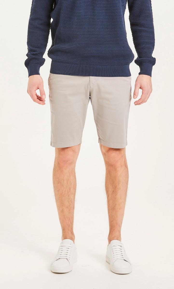 CHUCK regular chino shorts Alloy