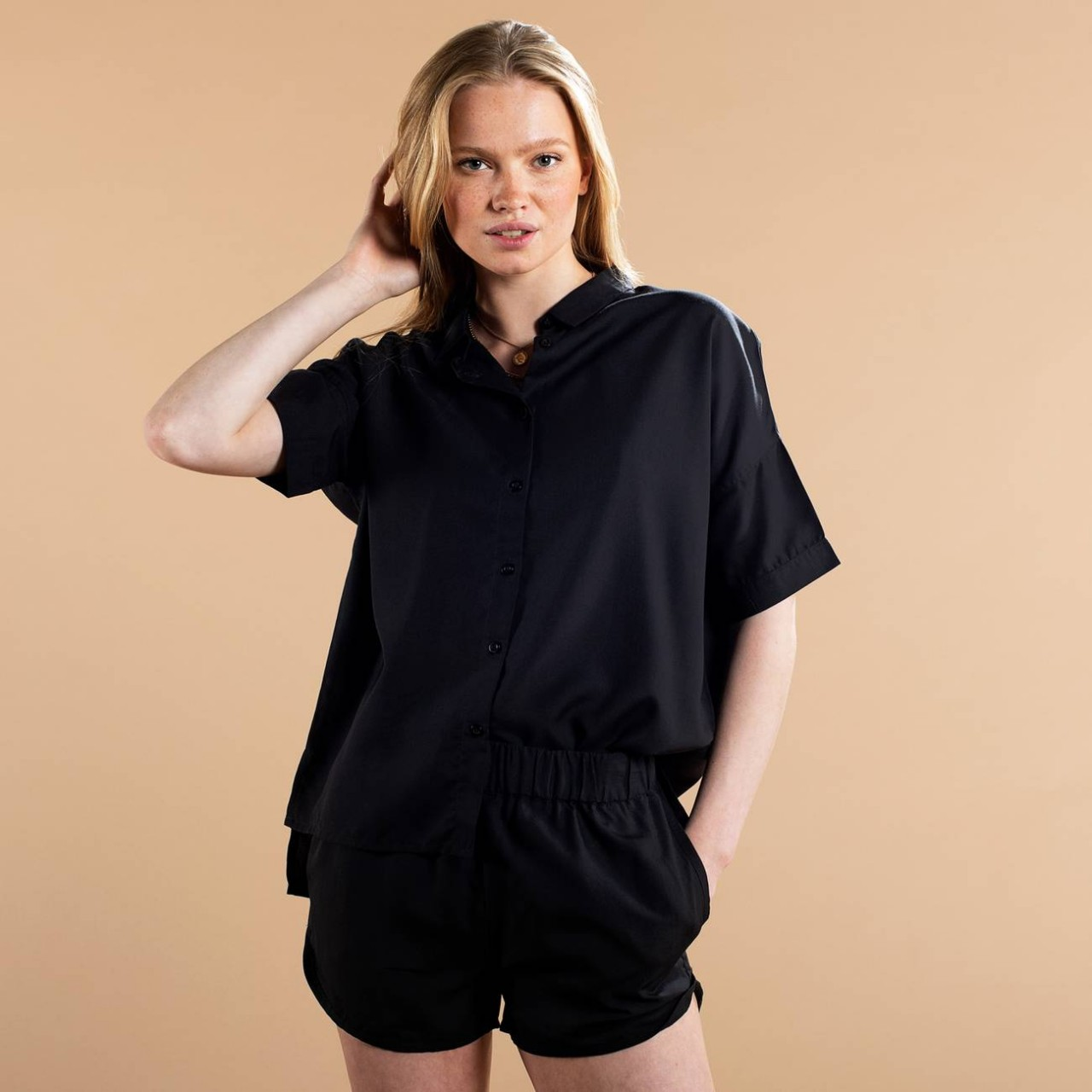 Shirt Short Sleeve Nibe Black