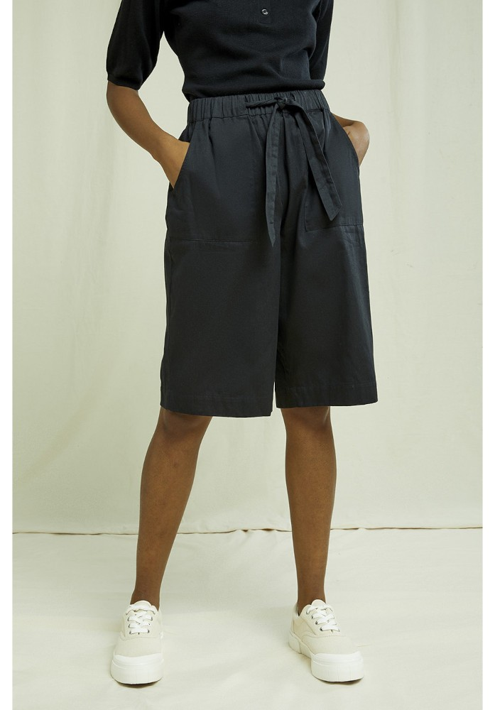 Samantha Shorts black