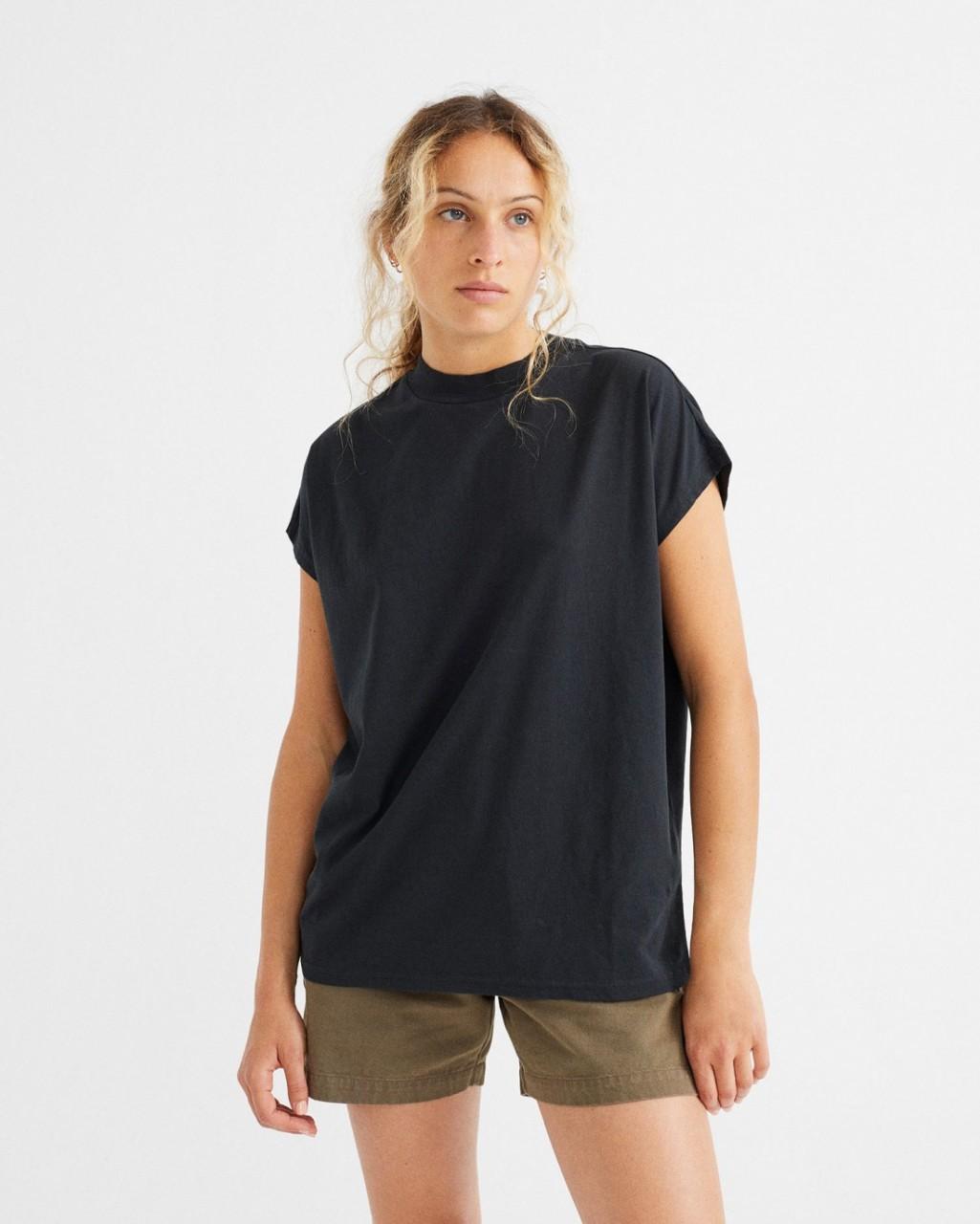 BASIC BLACK VOLTA T-SHIRT