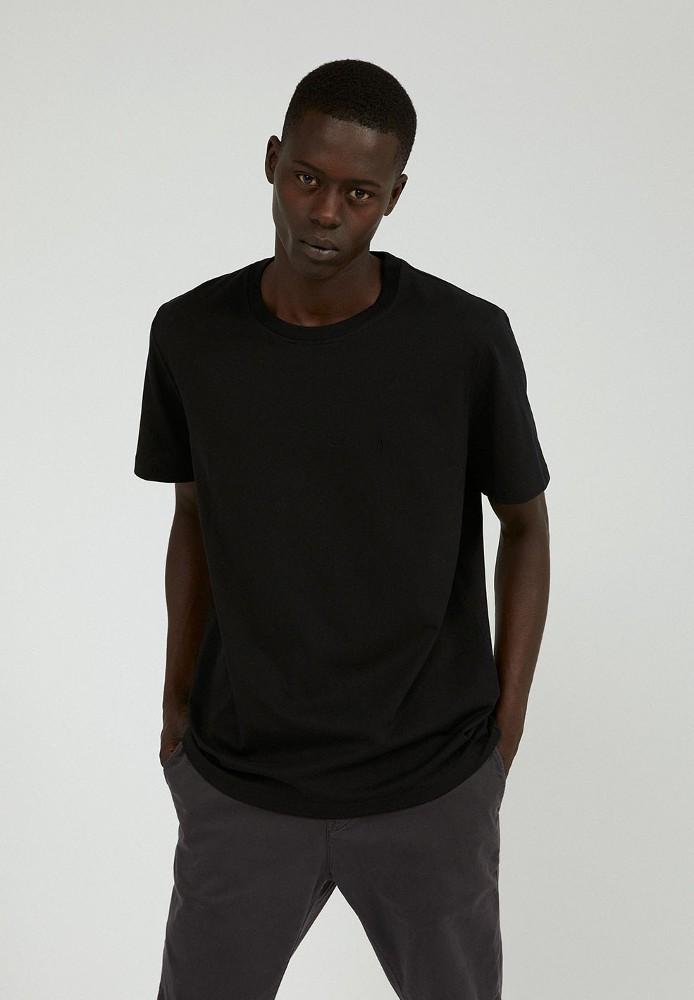 AADO black