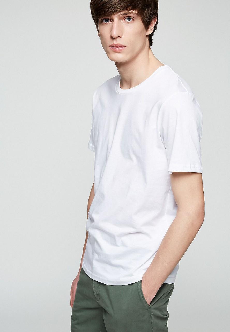 JAAMES white